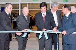 El gobernador Juan Manuel Urtubey, el Dr. Nestor Ick y el Lic. Gustavo Ick